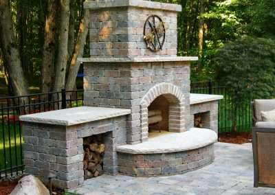 Outdoor Fireplace Landscape Design